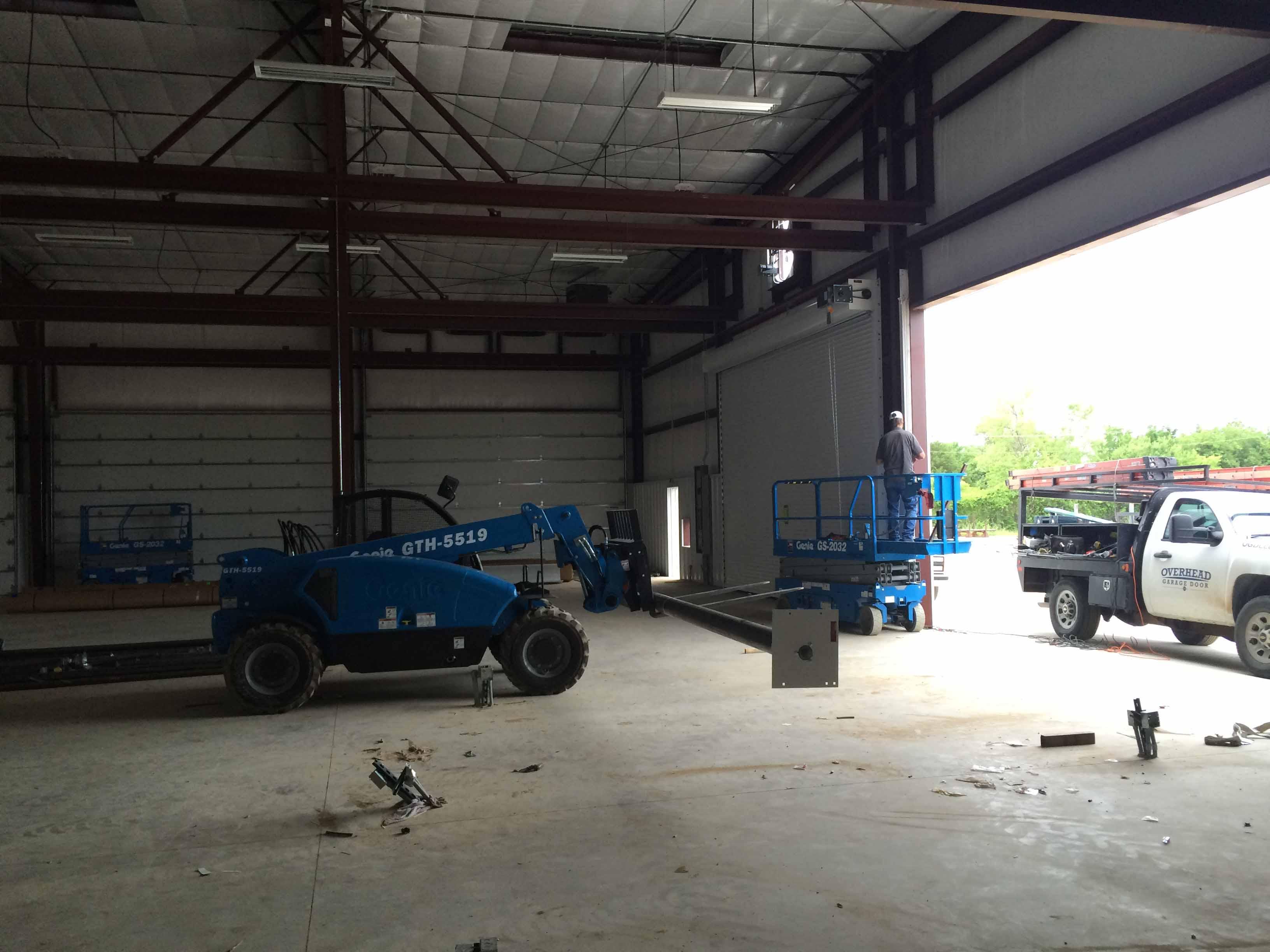 overhead-garage-door-commercial-garage-door-repair